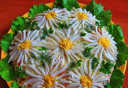 салат ромашка пример оформления